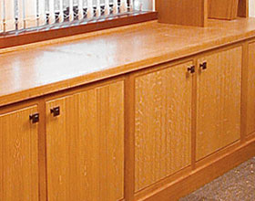 Ordinaire ... Show Stunning American Black Cherry Cabinets With Granite And Stainless  Steel In A Contemporized Shaker Style. The Lower Photos Are Quarter Sawn  Red Oak ...